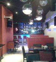 On Bar y Bistro