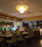 Neu Kong Fondue Restaurant