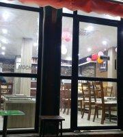 Cafe de Safari