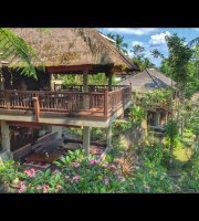Kampung Cafe & Cottages Ceking