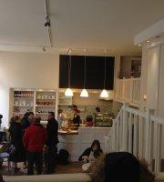 Zoska Breakfast Cafe