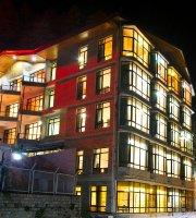 Broadways Inn Manali
