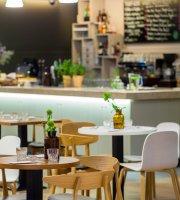 Dystrykt One All Day Brasserie & Bar