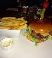 Hudson's - Metropolitan Bar & Dining