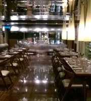 Chambers Bar & Grill