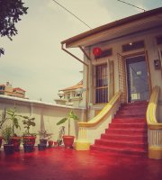 Tea Home Cafe