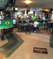 Quackers Sports Bar and Grill