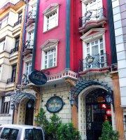 Hotel Nena Roof Restaurant
