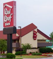 Red Roof Inn - Aberdeen
