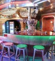 Paluba Shashlyk Bar