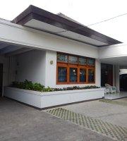 Travelers Inn Bandung