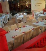 The Raj Spice Bar & Restaurant Indian and Bangladeshi