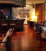 Naga Bar