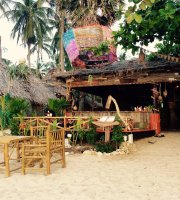 Hippies Bar and Restaurant