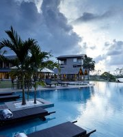 Amaranthe Bay Resort