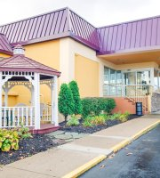 Clarion Inn & Suites - Fairgrounds
