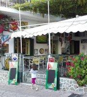 Taverna Oasis