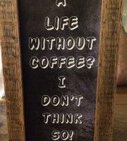 Meesh Cafe