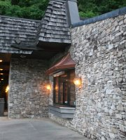 Newfound Lodge Restaurant
