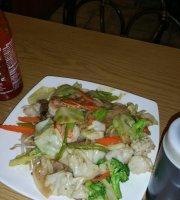 Pho Lynn Restaurant