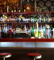 Roxanne Bar