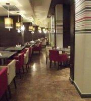 De La Vega Lounge