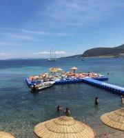 "Mum Beach & Restaurant ""Karaburun"""