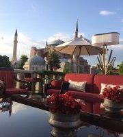 A'YA Rooftop Lounge