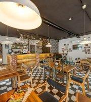 Timer Lounge Bar