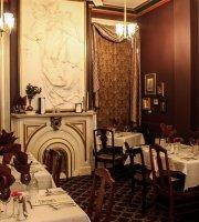 Symphony Hotel Cincinnati Restaurant