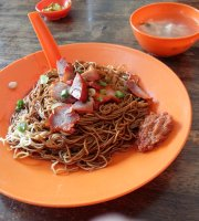 Madam Woo's Wantan Mee
