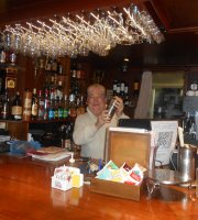 Petrel Café