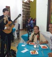 Yerbabuena Restaurante y Café Lounge