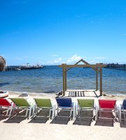 Capt Hiram's Resort