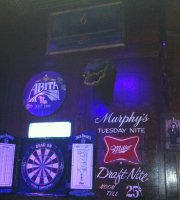 Fred's Bar & Grill