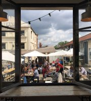 Maison Food Market