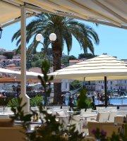 Restaurant & Bar Dionis