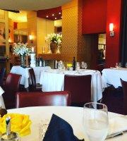 Centini Restaurant & Lounge