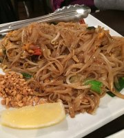 Mod Thai Food & Noodle Bar