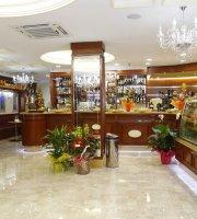 Zanzi Bar