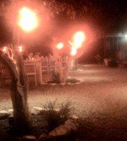 Mor Kapi Restaurant