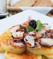 Amarelo Cafe & Restaurante