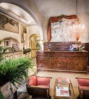 Palazzo dal Borgo Hotel Aprile
