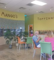 Yogurt Bar Berry Mangos