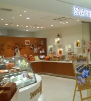 Pastry Snaffles New Chitose Airport