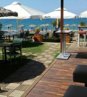 Menta Seaside Bar Restaurant
