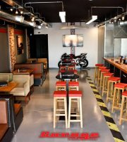 Garage Cafe Bar