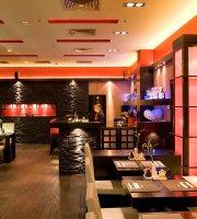 Wasabi Running Sushi & Wok Restaurant - MOM Park