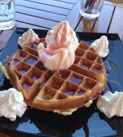 Ikaros Cafe