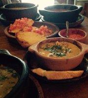 Arbol de Montalvo Restaurant